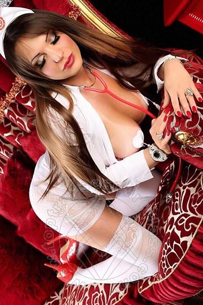 Dottoressa Mony  PORTO MAURIZIO 3248405735